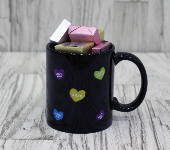 Mug contains mixed Chocolates 18 pcs.